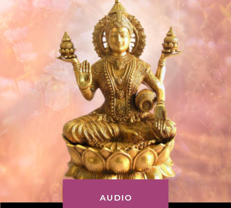 Medytacja: Pod złotym prysznicem Lakshmi